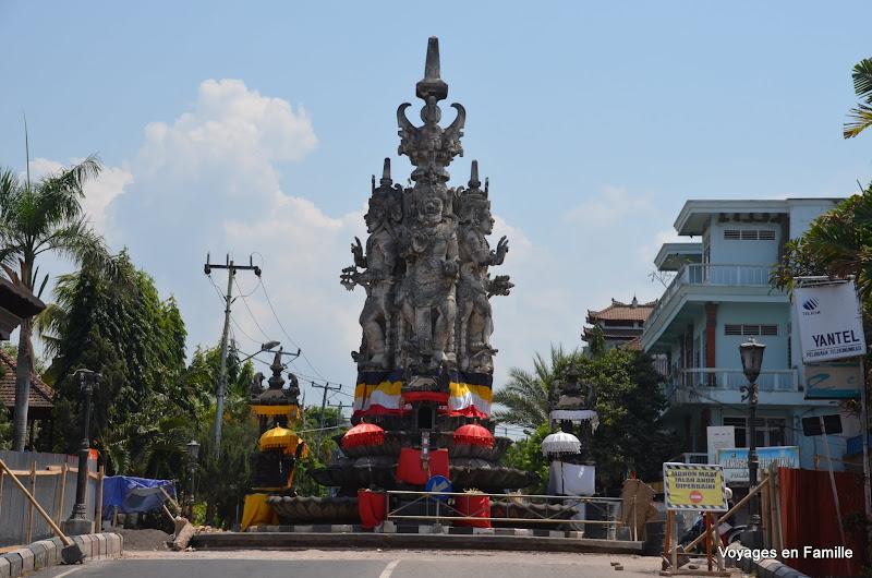 Crossing under works - semarapura