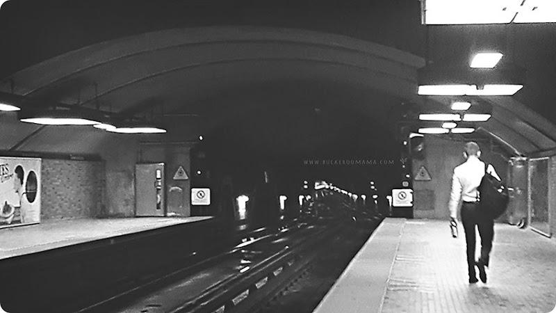 Montreal-metro---bw-(c)1