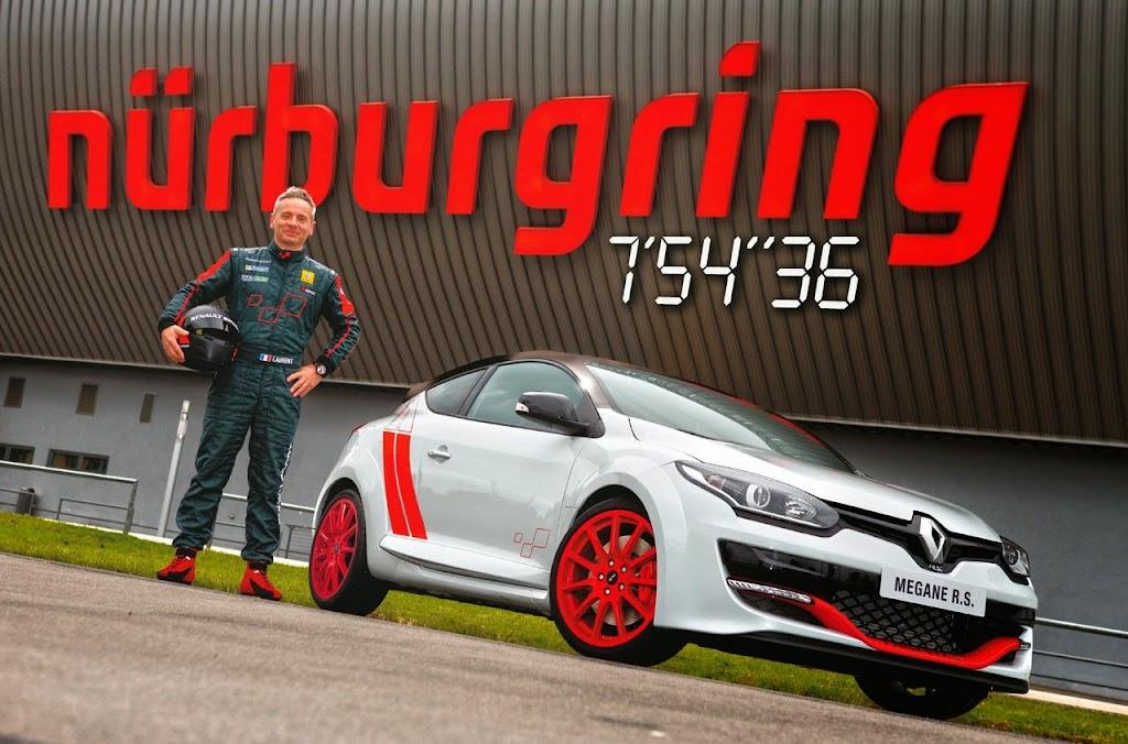 Megane Record Nurburgring Lap in Renault Megane RS 275 Trophy-R 30-1