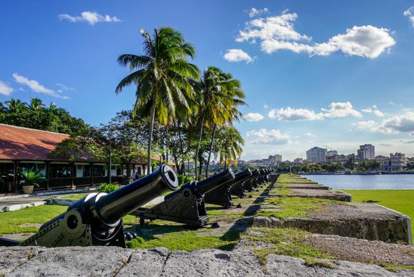 photo 201412-Havana-Malecon-7_zpsceo4mx5f.jpg