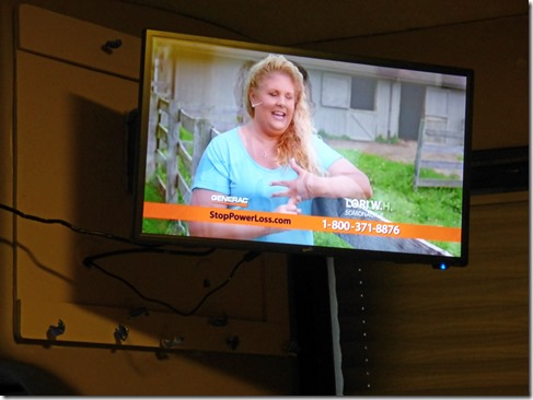 """New SuperSonic 12v, 24"""" TV"""