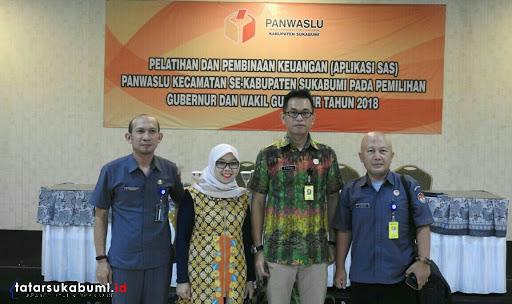 Pembinaan dan Pelatihan Pengelolaan Keuangan dan Aplikasi Panwascam Kabupaten Sukabumi