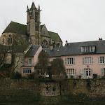 Fortifications de la ville médiévale et l'église Notre-Dame