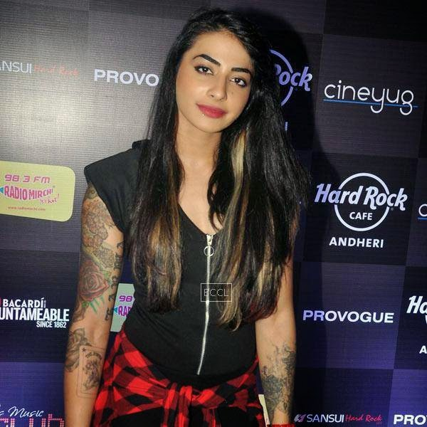 Bani VJ attends Ankit Tiwari's live concert, held at Hard Rock Cafe, on July 11, 2014.(Pic: Viral Bhayani)