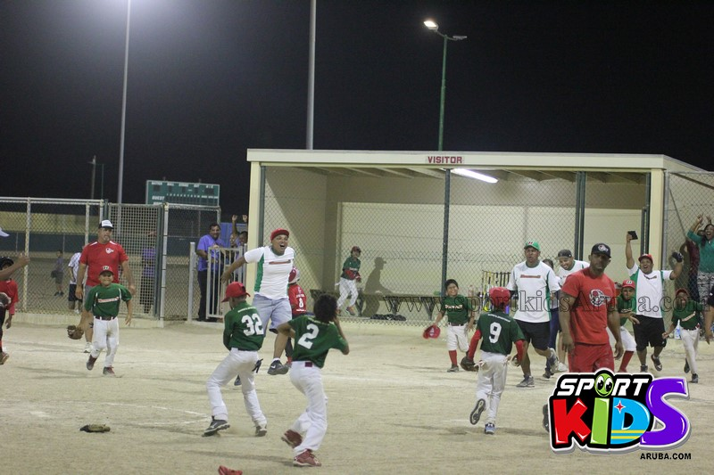 Hurracanes vs Red Machine @ pos chikito ballpark - IMG_7649%2B%2528Copy%2529.JPG