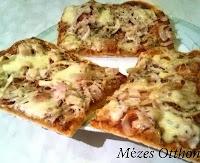 sonkás és szalámis pizza