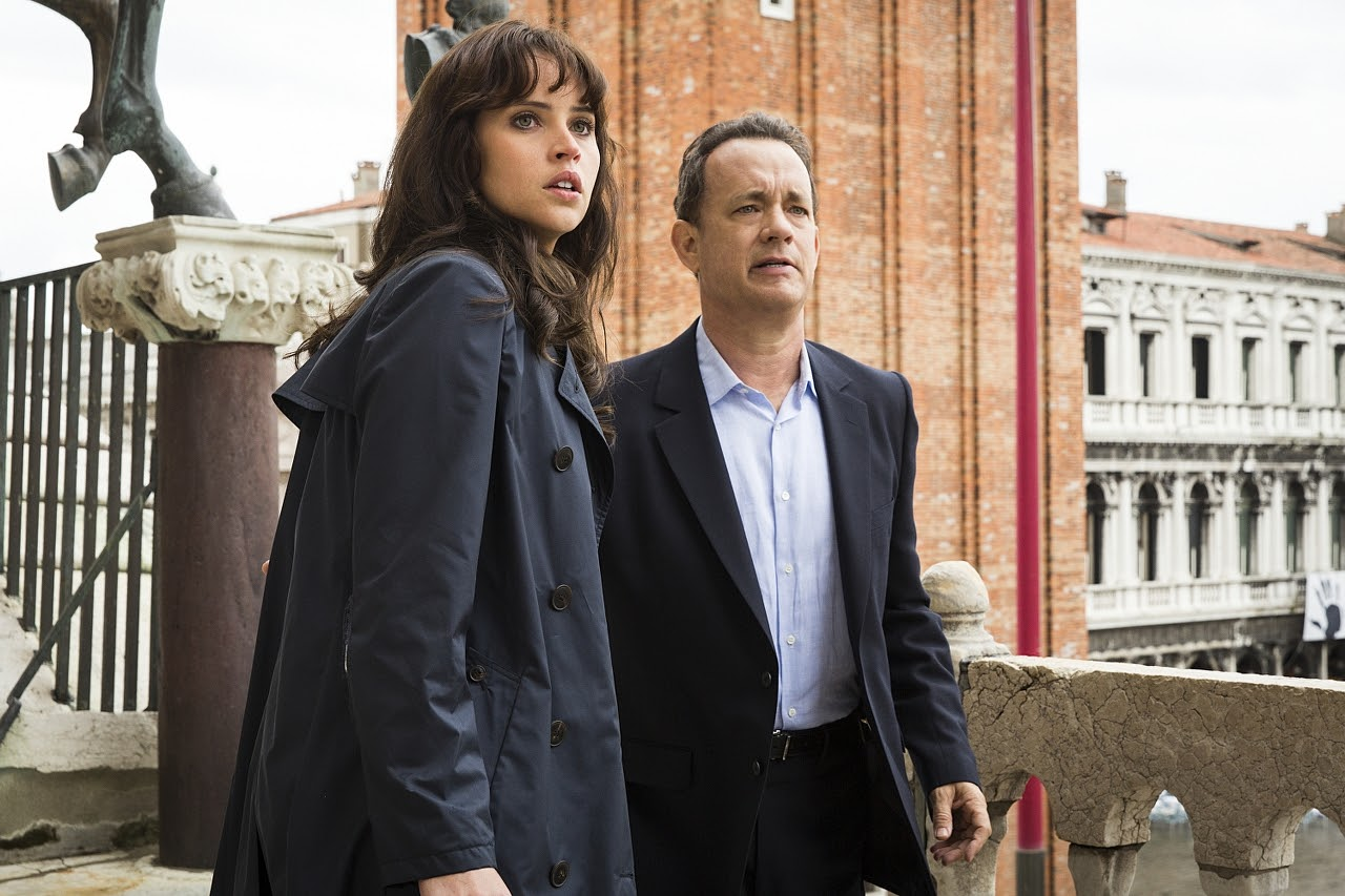 Felicity Jones and Tom Hanks in INFERNO. (Photo by Jonathan Prime / courtesy of Columbia PIctures).