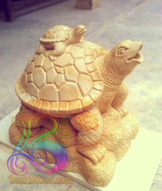 Patung air mancur kura-kura batu paras jogja