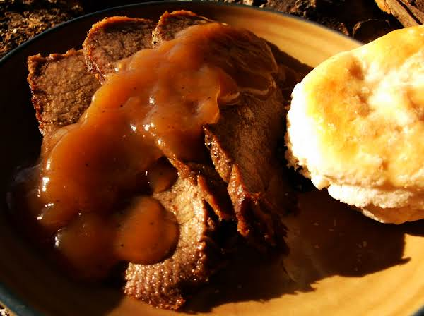 Roast Beef Round W/ Brown Gravy & Mashed Potatoes Recipe