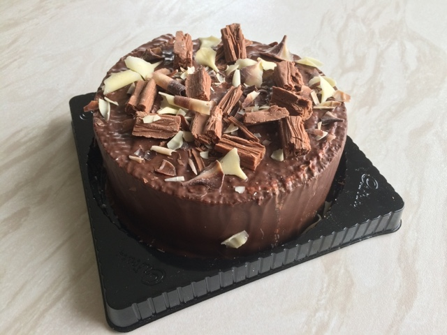 Cadbury Flake Chocolate Cake