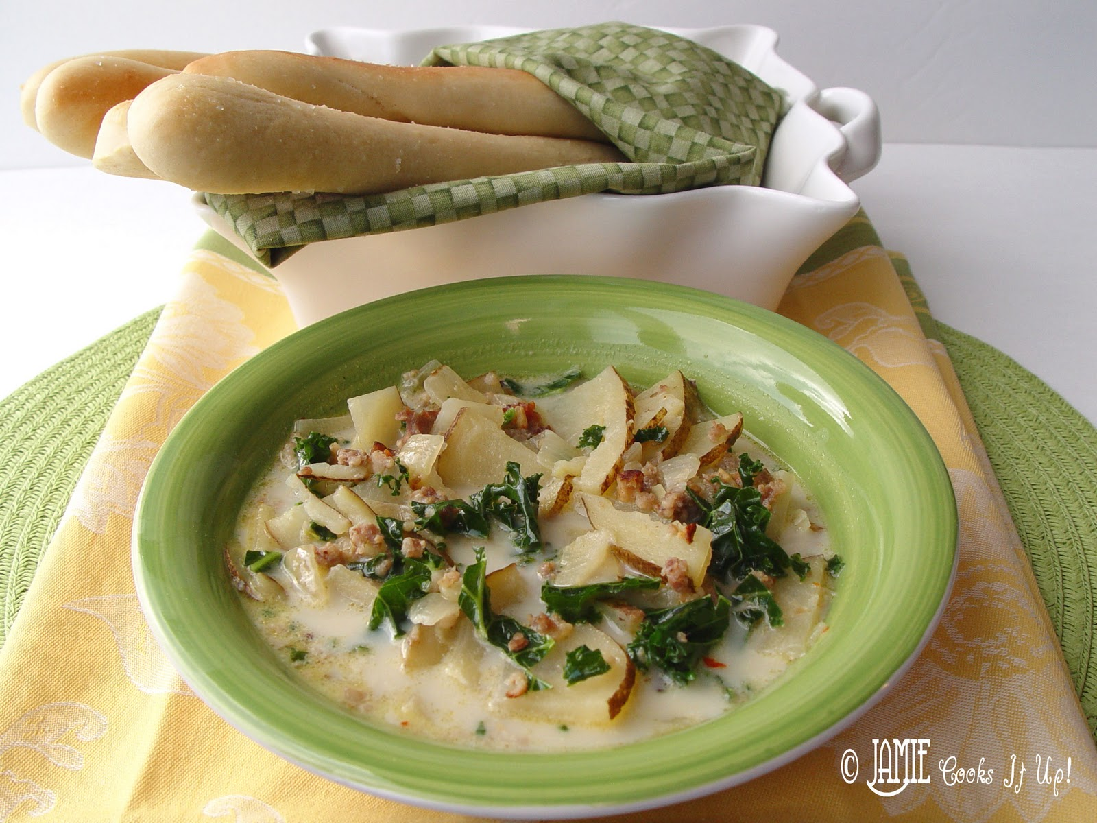 Zuppa toscana - What kind of soup does olive garden have ...