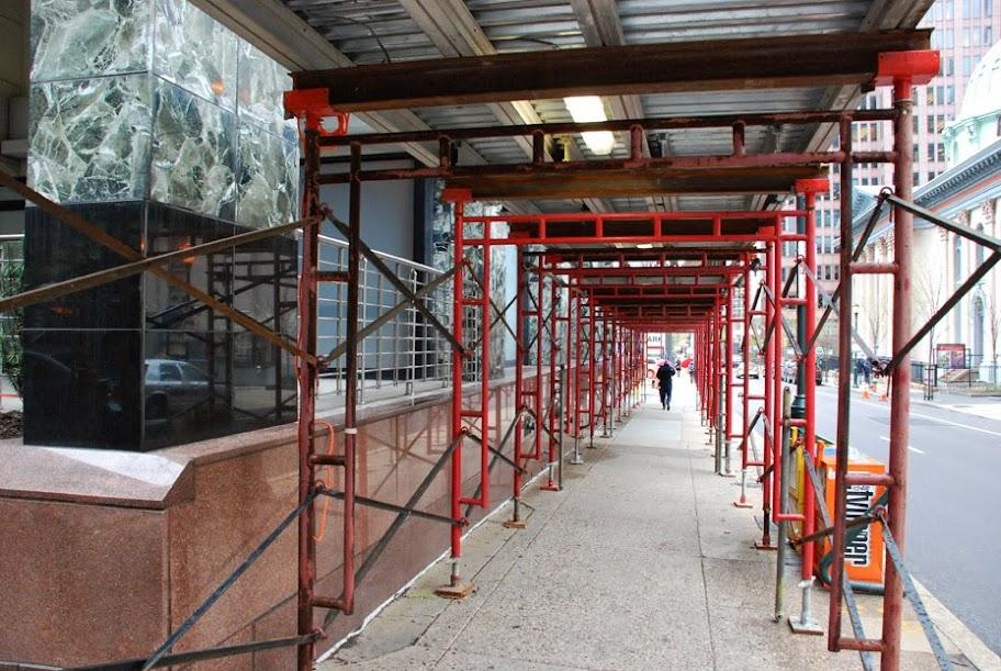 Topic swinging scaffold equipment