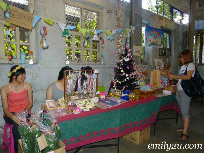 Jingle Rush Flea Market