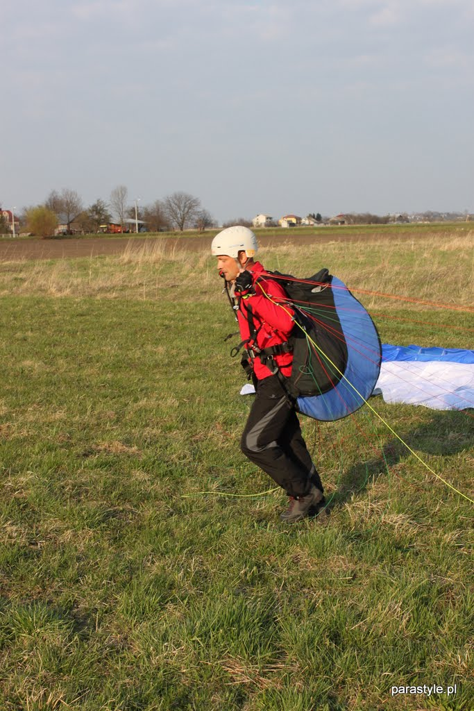 Szkolenia paralotniowe Kwiecień 2011 - IMG_5391.JPG