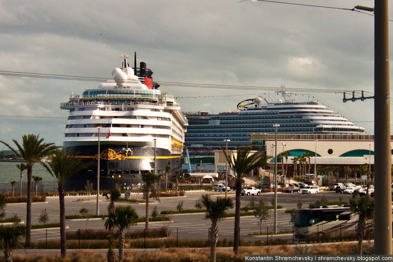 USA Florida Cape Canaveral Cape Marina Disney Cruise Carnival Dream Costa Concordia США Флорида Мыс Канаверал Кейп Марина Дисней Круизы Карнавальная Мечта Карнивал Дрим Коста Конкордия