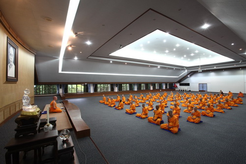 Dhammakaya Foundation, Yoga And Meditation