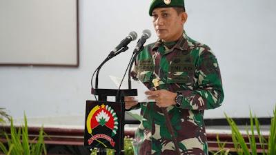 Danrem 071/Wijayakusuma Pimpin Tradisi dan Laporan Korps Penyerahan Tugas dan Jabatan Kasiintel serta Serah Terima Jabatan Kasiren