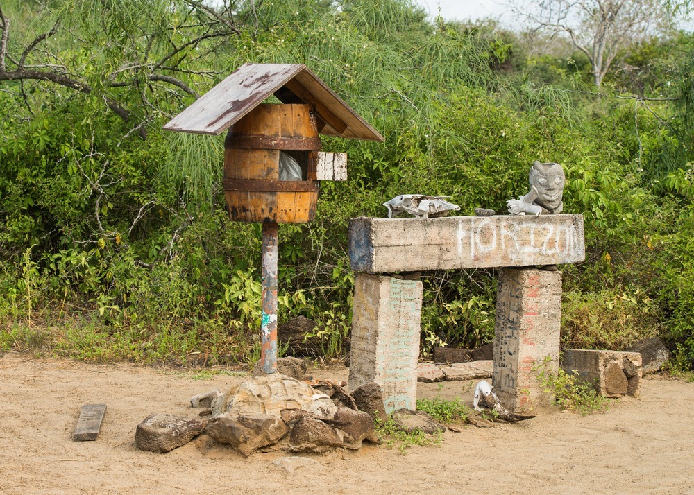 floreana-island-barrel-postbox-3