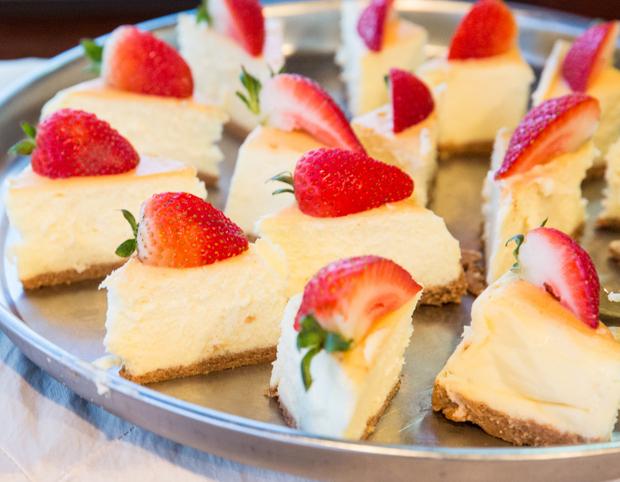 photo of sliceds of cheesecake
