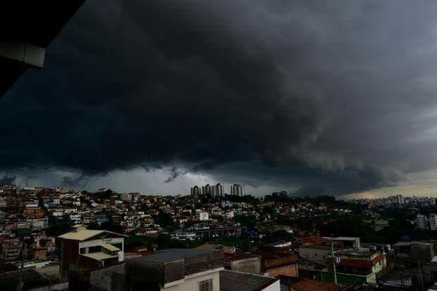 Chuvas serão ainda mais fortes em fevereiro em Minas, afirma meteorologia