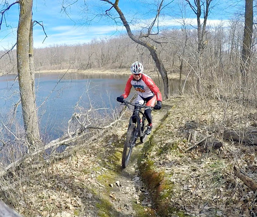 Twin Lakes singletrack, April 7th, 2017. Mountain bike trails now open.