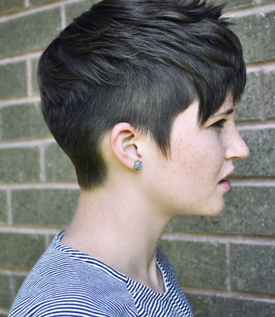 Amazing Short Pixie Haircuts For Woman In 2018 3