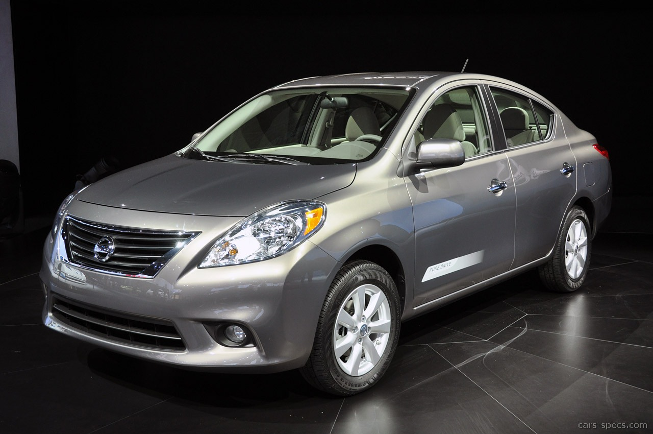2012 nissan versa hatchback specifications pictures prices 2012 nissan versa 18 sl 4dr hatchback 18l 4 cyl cvt automatic vanachro Images