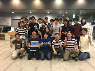 主催者の小林さん(最前列左から2人目)