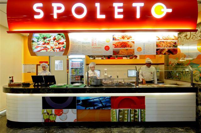 c64e79e3f O restaurante Spoleto está localizado na recém inaugurada praça de  alimentação do Maxi Shopping
