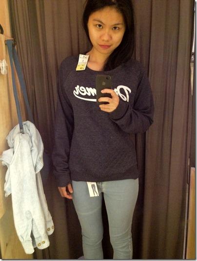 Pullover X High Waist Skinny Jeans @ Terranova
