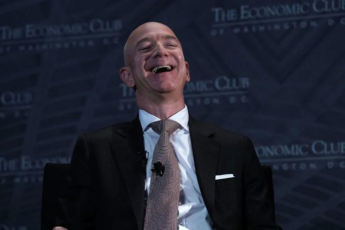 Jeff Bezos ganha mais de US$ 10 bilhões após deixar cargo de CEO na Amazon
