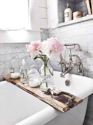 Romantisk inredning 🌸Snabbfix med rosa blommor