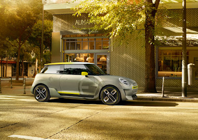 Mini Cooper future electric car concept unveiled at 2017 Frankfurt Auto Show