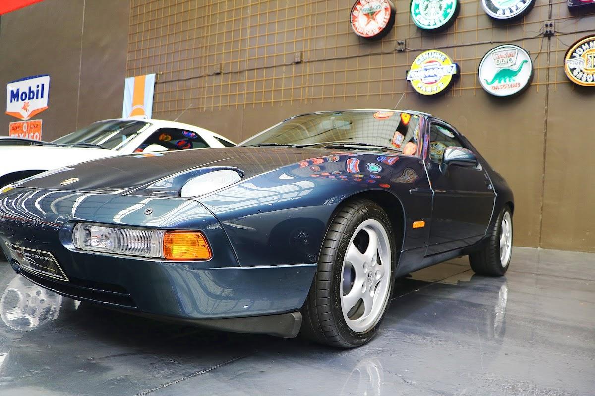 1995 Porsche 928 GTS (03).jpg