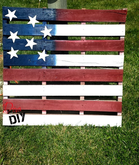 American-Flag-Pallet-Project