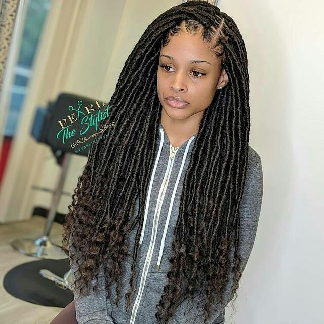 Photo : Goddess Locs Braids Hairstyle
