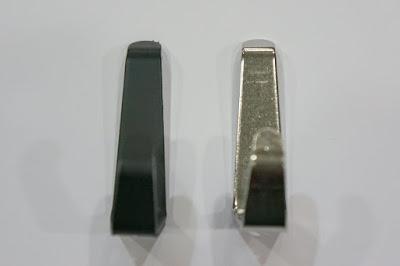 裝潢五金 品名:K082-掛鉤 規格:小 顏色:電白/霧黑色 玖品五金