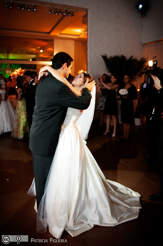 Foto de casamento 1722 de Nathalia e Fernando. Marcações: 04/12/2010, Casamento Nathalia e Fernando, Niteroi.