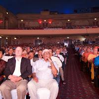 Audience Left.jpg