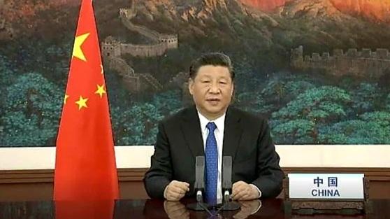 El presidente chino, Xi Jinping, anunció hoy dos mil millones de dólares para paliar la pandemiacovid19