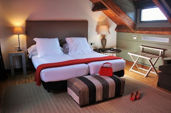 Habitació Àtic 3 Hotel Primero Primera.JPG
