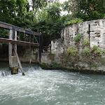 Quai des Tanneries : vanne et base d'une tour