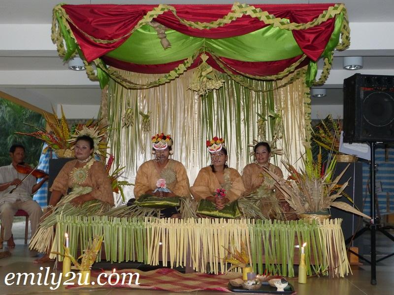Perkampungan Budaya Mah Meri