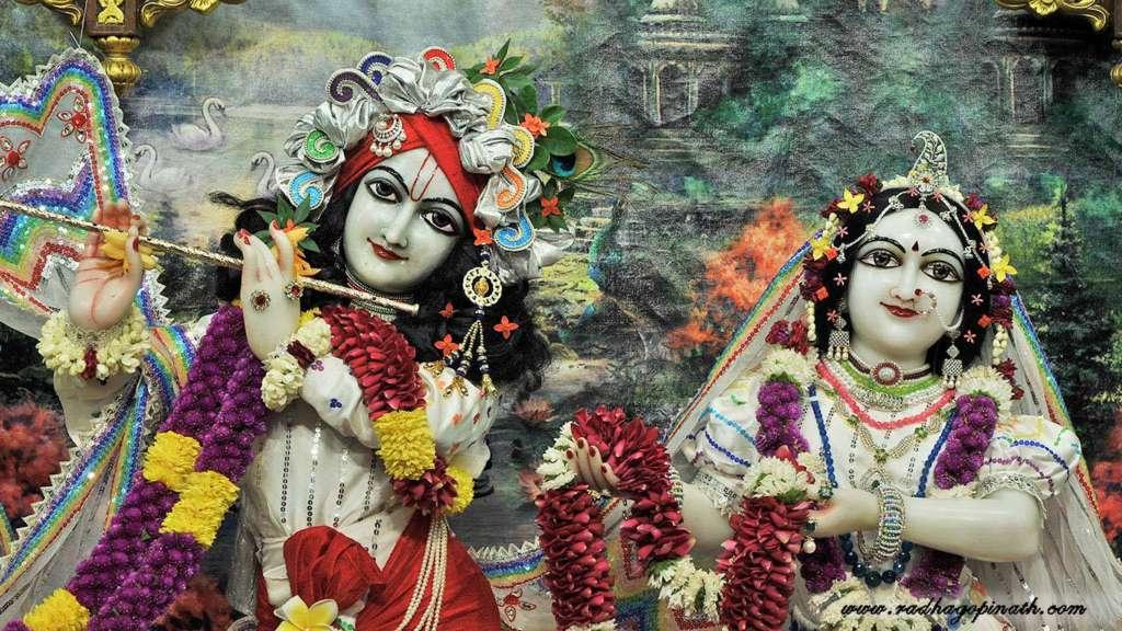 ISKCON Chowpatty Deity Darshan 20 Dec 2015 (18)