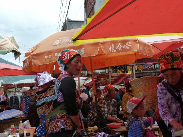 CHINE SICHUAN.XI CHANG ET MINORITE YI, à 1 heure de route de la ville - 1sichuan%2B847.JPG