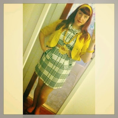 pretty white and black mod style plaid print dress with yellow accents for a bright curvy woman bbw cute outfit of the day
