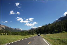 Yellowstone National Park NE entrance road