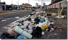 Emergenza rifiuti a Scampia