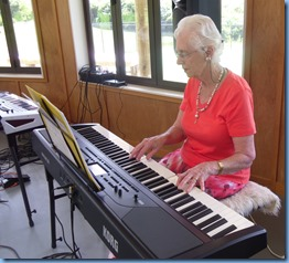 Dorothy Waddel playing the Korg Havian 30 digital ensemble piano. The instrument was kindly provided to the Club for the day courtesy of Music Planet Takapuna.
