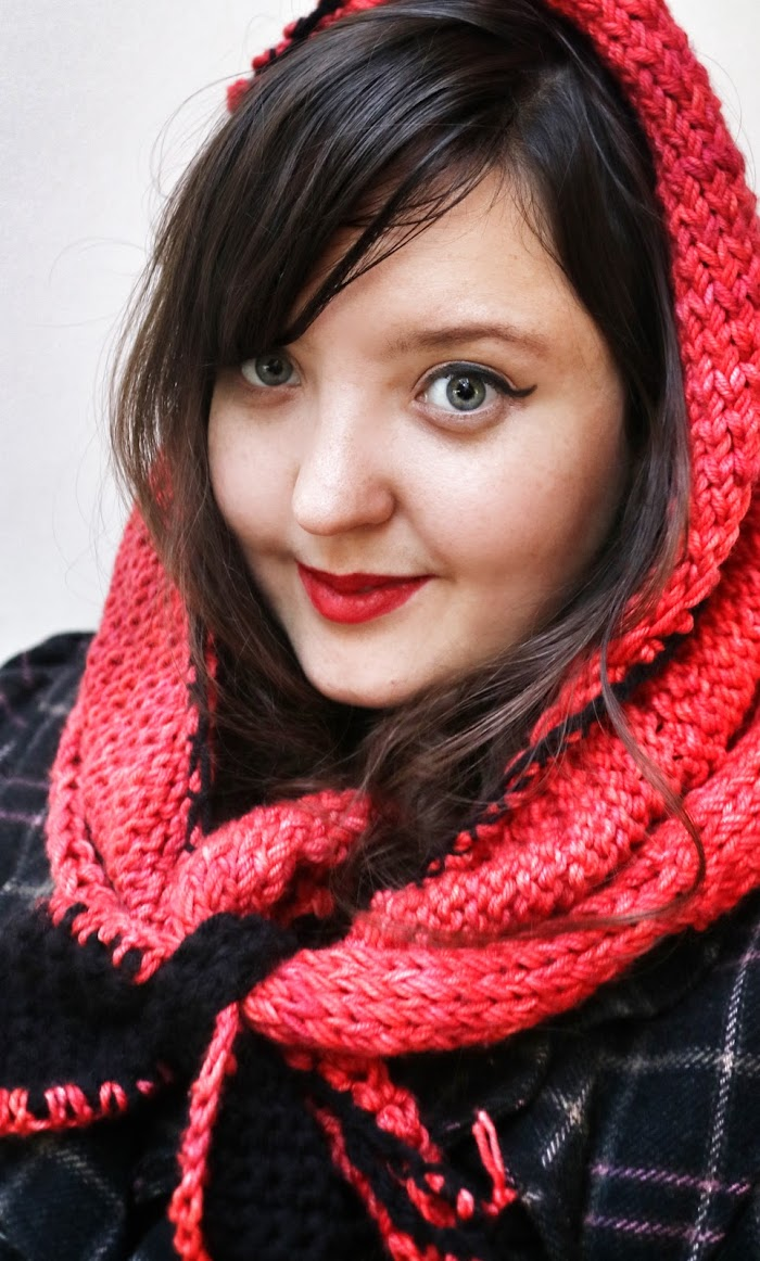 Little Red Riding Snood
